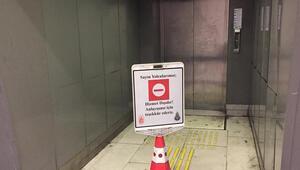 Cennet Mahallesi metrobüs durağında asansör arızası