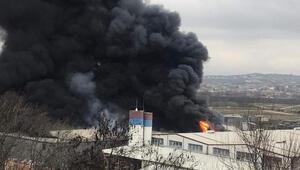 Son dakika haberi: Bursada geri dönüşüm fabrikasında büyük yangın