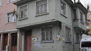 Orhan Kemalin bir süre yaşadığı ev yıkılma tehlikesiyle karşı karşıya