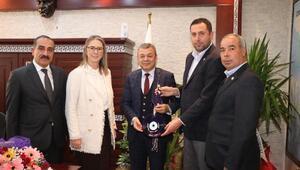 AK Partili  Bölünmez Çankırıdan yeni atanan İzmir Tarım ve Orman İl Müdürüne ziyaret