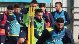 Fenerbahçede Başakşehir mesaisi başladı