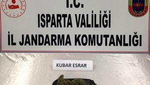 Durdurulan araçta uyuşturucuya 3 gözaltı