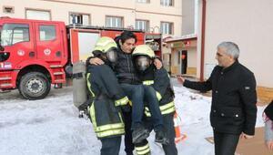Sivasta deprem tatbikatı gerçeğini aratmadı
