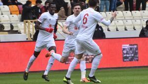 Son dakika | Sivasspor 4-0ın rövanşında Yeni Malatyaspora yenilmesine rağmen kupada tur atladı