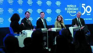 Son dakika: Davos Zirvesinde üçüncü gün... Bakan Albayrak: Türkiyenin borç karnesi çok sağlam