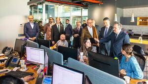 Sanayi ve Teknoloji Bakanı Mustafa Varank BÜDOTEK'i ziyaret etti