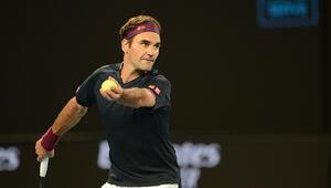 Avustralya Açıkta Tsitsipas elendi, Roger Federer sürprize izin vermedi
