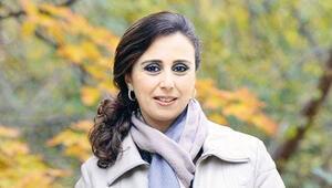Hulusi Akar'ın mevkidaşı Zeyna Akar