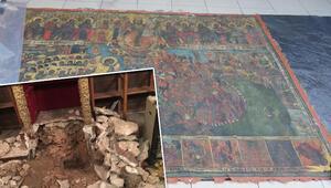 Fatihte kiliseden tablo çalan şüphelilere çatı katında operasyon