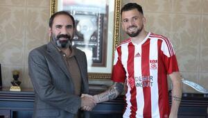 Sivasspor, Claudemir Domingues ile sözleşme imzaladı