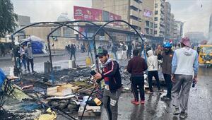 Irak güvenlik güçleri, göstericilerin kalesi Tahrirdeki eylem çadırlarını yaktı