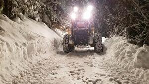 Rizede 56 köy yolu ulaşıma kapalı
