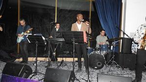 Jazz dinletisinin geliri depremzedelere gönderilecek