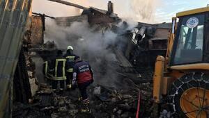 Konyada tek katlı evde yangın; karı koca ve kızları öldü