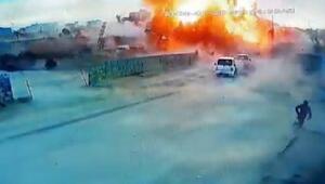 Azezde PKK/YPGliteröristlerdenbomba yüklü kamyonetle saldırı:7 ölü