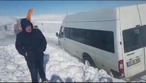 Bitlis- Muş yolunda karla mücadele