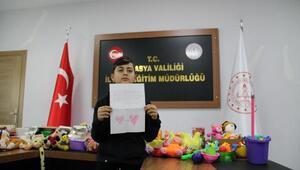 Depremzede çocuklara bir oyuncak bir mektup kampanyası