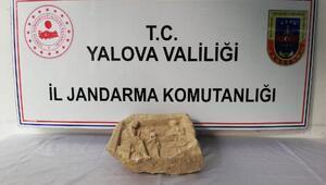 Yalovada Roma dönemine ait mezar steli ele geçirildi