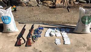 Diyarbakırda PKKlı teröristlerin 5 sığınağı kullanılamaz hale getirildi