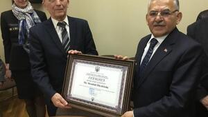 Başkan Büyükkılıça Ukraynada fahri doktora ünvanı verildi