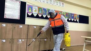 Okullar, bulaşıcı hastalıklara karşı ilaçlanıyor