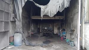 Mustafakemalpaşadaki boyahane dükkanında yangın