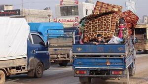İdlib'de 'durum vahim'... 24 saatte 39 bin sivil daha sınırda