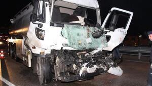 Tanker, TIRa çarptı: 1 yaralı