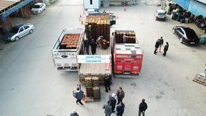 Fekeden depremzedelere 35 ton yaş sebze meyve
