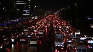 İstanbulda trafik yoğunluğu yüzde 83lere ulaştı