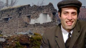 6.8lik depremde Kemal Sunalın doğduğu ev de yıkıldı