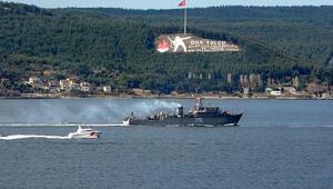 Rus savaş gemisi ve askeri römorkörü Çanakkale Boğazından geçti