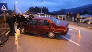 Karabükte iki otomobil çarpıştı: 4 yaralı