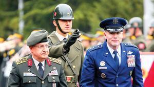 ABD'li komutan Türkiye'de