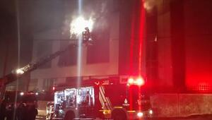 Esenyurtta 4 katlı bir tekstil fabrikasının deposunda yangın