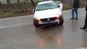 Devrilen otomobillin sürücüsü yaralandı