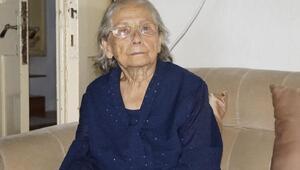 Finikenin ilk belediye başkanının eşi Güllü Şerbetçi hayatını kaybetti