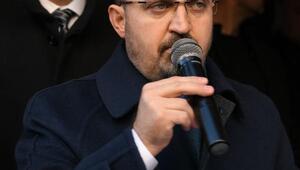 AK Partili Turan: O bayrağa uzanan el kırılır