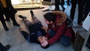 Düşüp yaralanan kişiye ilk müdahaleyi yoldan geçen hemşire yaptı