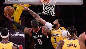 NBAde dün gece neler oldu | Lakers, Kobe Bryantın ölümü sonrası ilk maçına çıktı...