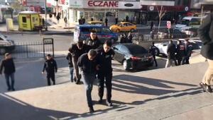 Silah zoruyla senet imzalatan 3 kişi tutuklandı