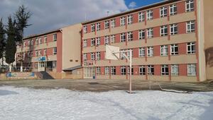 Risk taşıyan okul boşaltılıyor