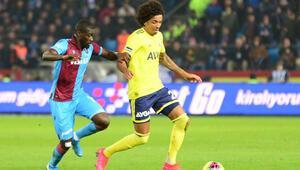 Son dakika kırmızı kartı Vedat Muriqinin ardından Luiz Gustavo...