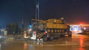 Hatay'ın Suriye sınırına askeri sevkıyat