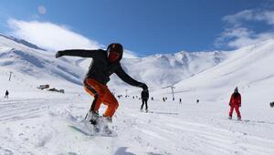 Abalı Kayak Merkezi, geç de olsa sezonu açtı