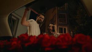 """Kerem ile Aslı geliyor... """"Ağır Romantik"""" filminin fragmanı yayınlandı"""