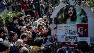 Barış Manço ölümünün 21inci yılında, Kanlıcadaki mezarı başında anıldı