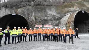 Zigara Tünelinde inşaat hızla devam ediyor