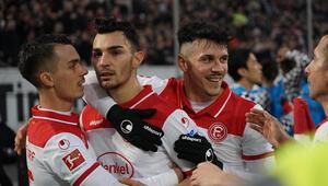 Milli futbolcu Kaan Ayhan, Kicker dergisinin Haftanın 11inde yer aldı