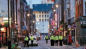 Başkent Londra'da bomba paniği